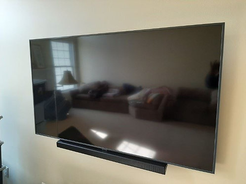 "65"" Samsung 1 year old, UN65RU 8000, HDR10, HDR10+"