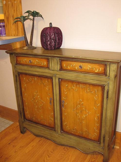 Companion artsy storage chest