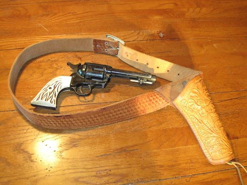 Hahn 45 BB single action revolver, with belt