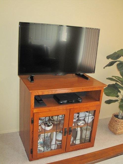 """Maple Entertainment Center for 32"""" TV, like new!"""