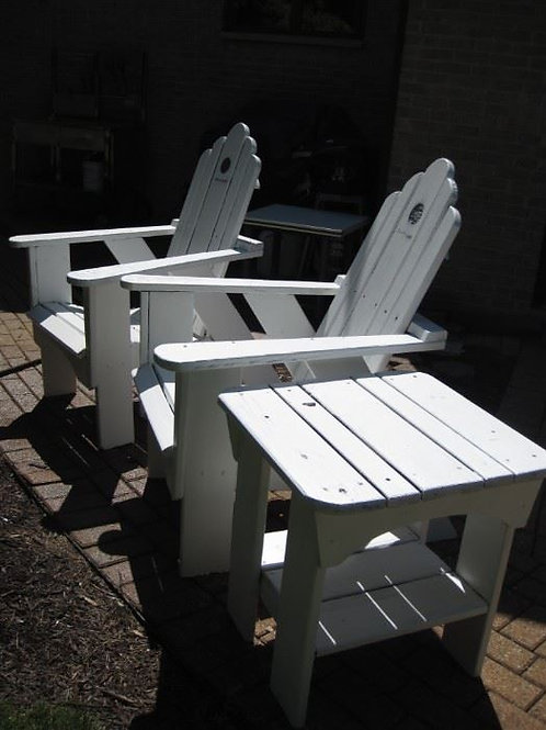 Uwharrie Bob Timberlake Adirondack chairs and table