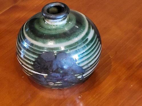 "Small JT pottery vase 4"""