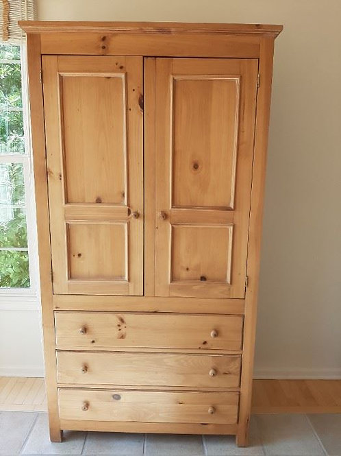 Pine Hutch, pantry 7', excellent condition