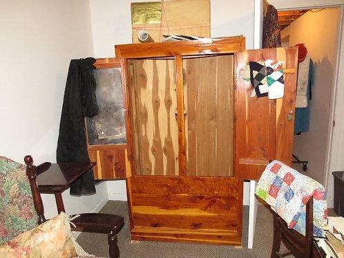 Cedar Wardrobe excellent condition
