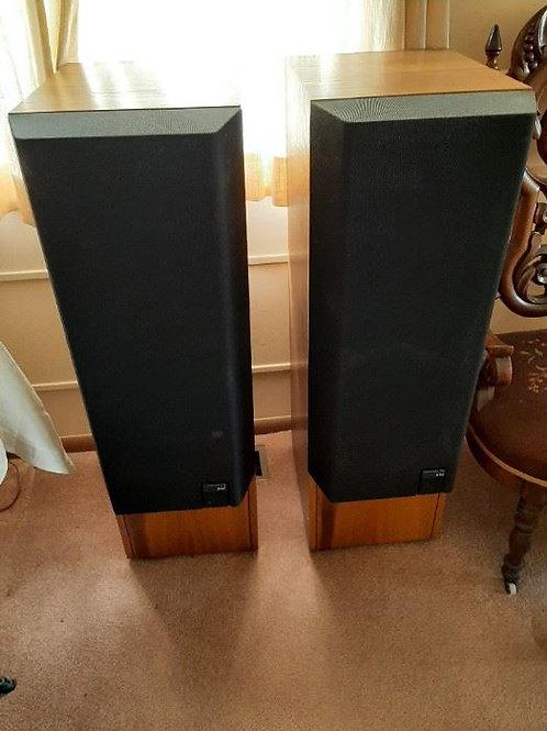 KEF Model 104/2 Speakers