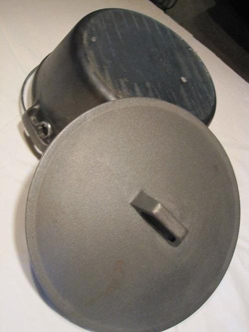 Cast Iron Kettle 4qt