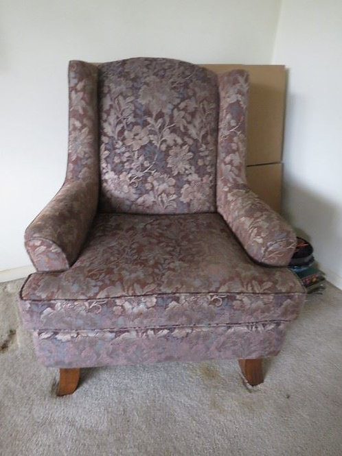 Like new Upholstered Chair