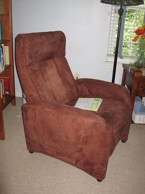 Made in Poland Euro recliner chair
