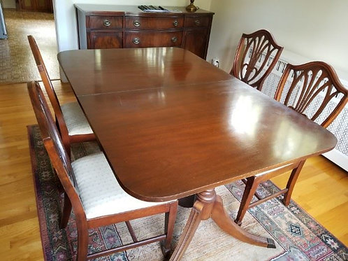 1940s Mahogany dining room table & chairs, vg condition