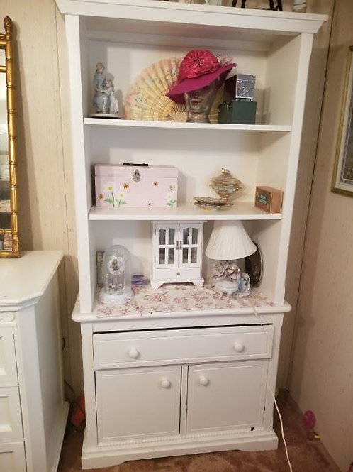 """White enamel bookcase dresser, 33"""" wide and 6' tall very good condition"""