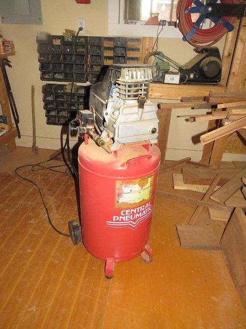 Central Pneumatic 21 gallon 2.5 hp Air Compressor