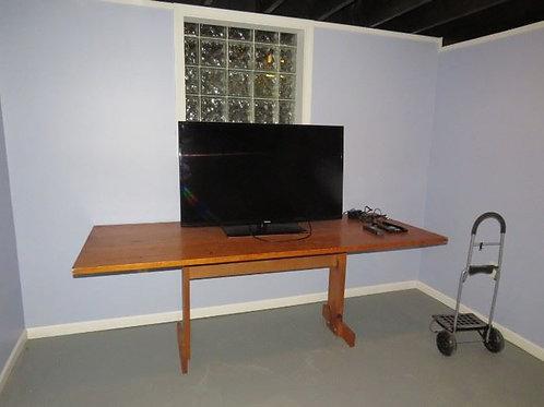Large Primitive Table