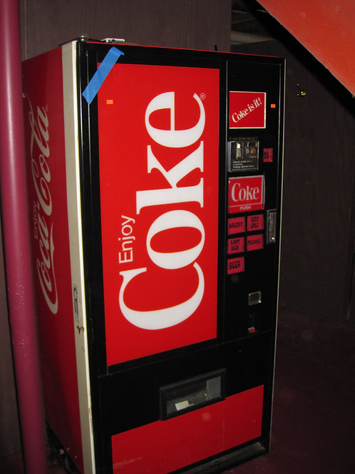 Full size working commercial coke machine vg condition