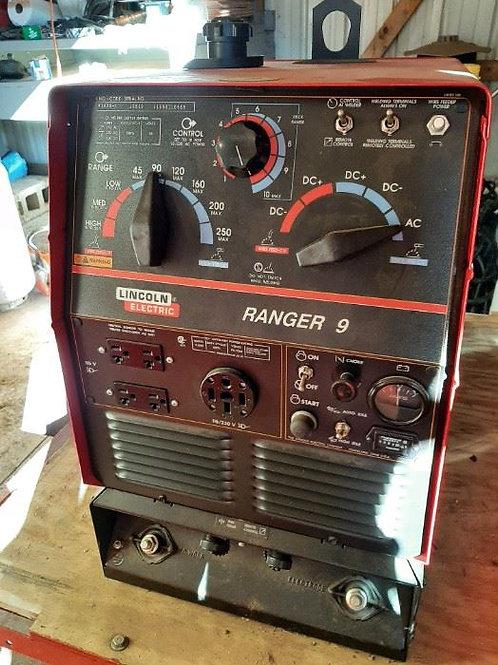 Lincoln Ranger 9 - Welder