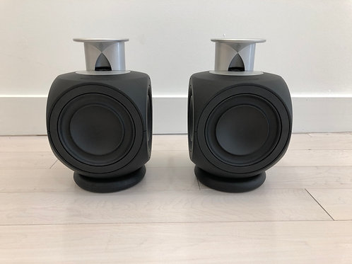 BeoLab 3s