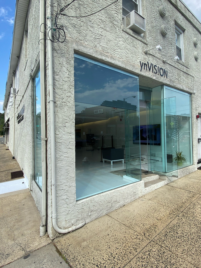 ynVISION store front