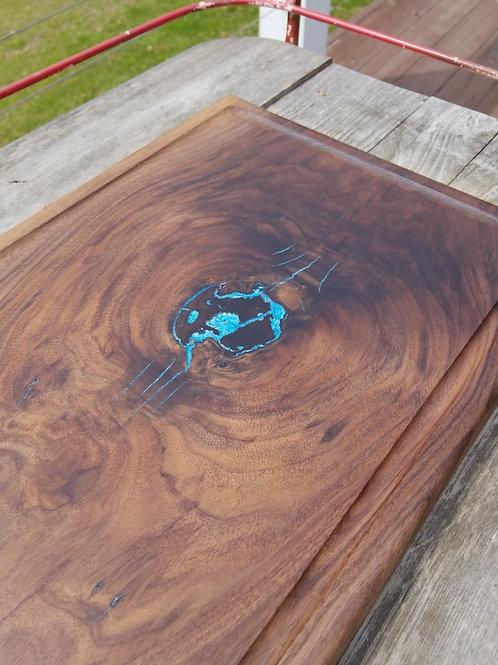 Walnut with Metallic Blue Fill