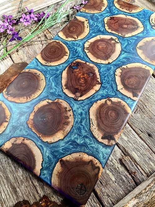 Walnut Rounds with McCaw Green/Blue Fill