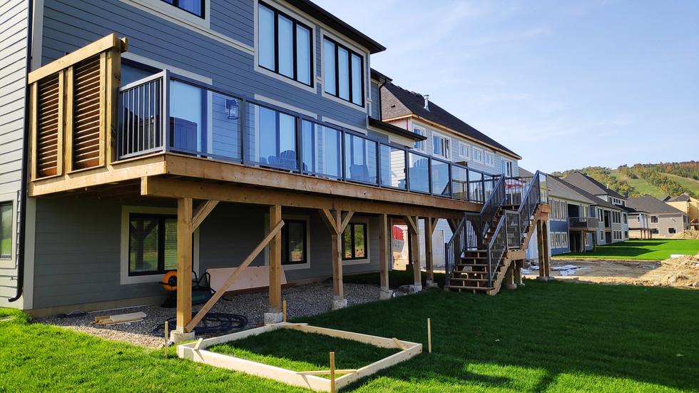 Blue Mountain deck