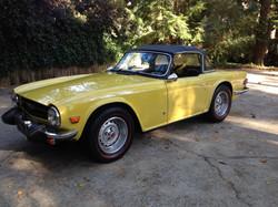 Triumph TR6 Mimosa Yellow