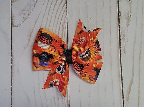 Creepy Cupcake Pinwheel Bow