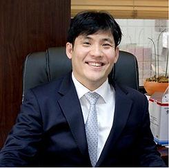 강두웅 변호사.jpg