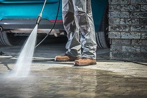 stone-driveway-cleaning-FGEAC96.jpg