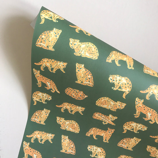 Leopardess, gift wrap