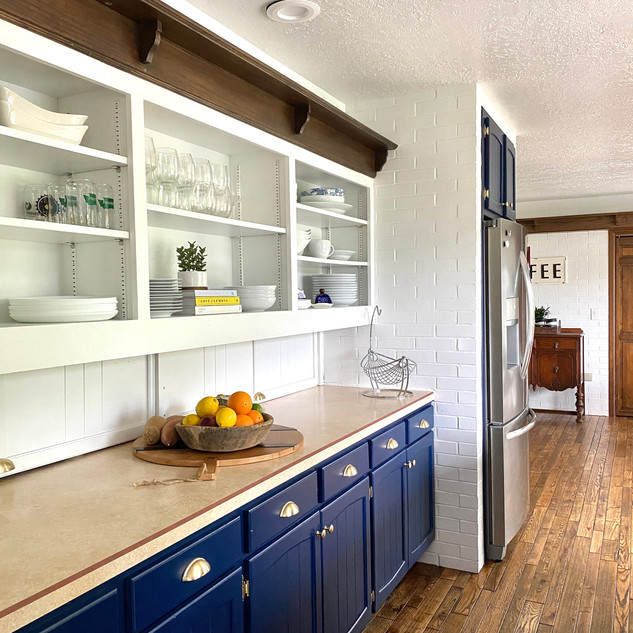 Kitchen west angle