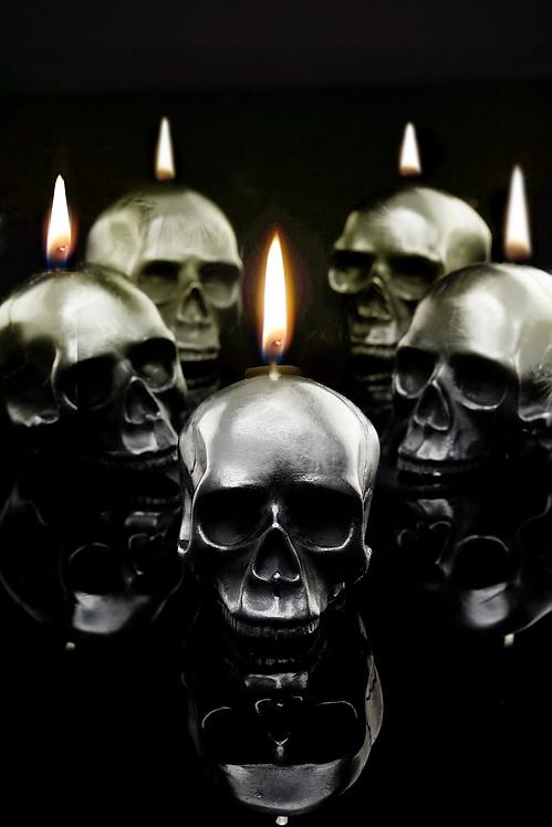 100% Beeswax Mini Skulls Tealights