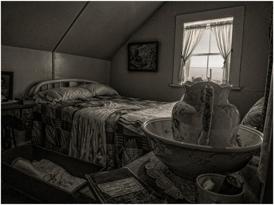 The Lighthouse Keepers Bed by John Pile SCORE:17