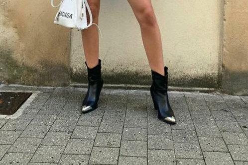 Boots noir avec talon biseauté