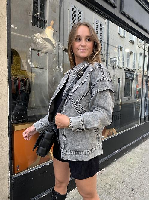 Veste en jean grise avec découpe