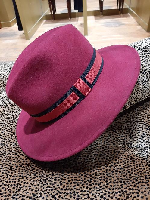 Chapeau laine rouge cerise