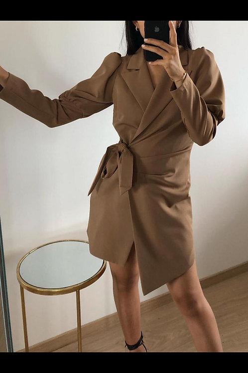 Robe blazer beige avec manche bouffante