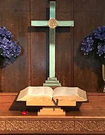 altar flowers.jpeg