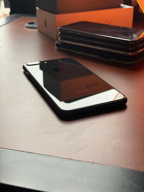 iPhone 8Plus Unlocked/64GB