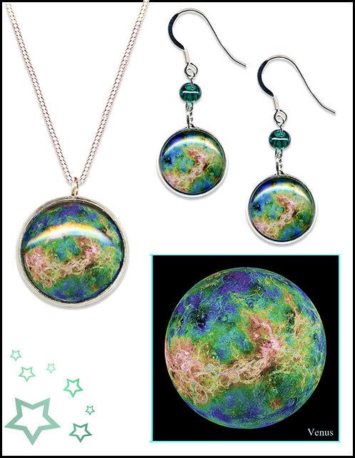 Venus Pendant Gift Set