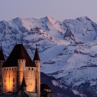 Schloss vor Blüemlere
