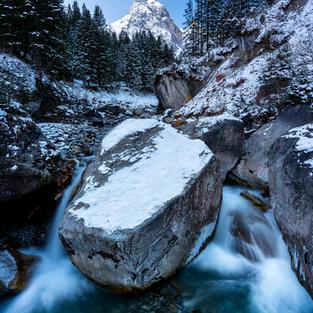 Roselaui Stein im Wasser
