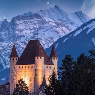Schloss by Nacht