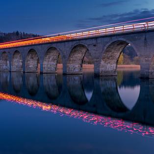 Wohlenbrücke Leuchtspur