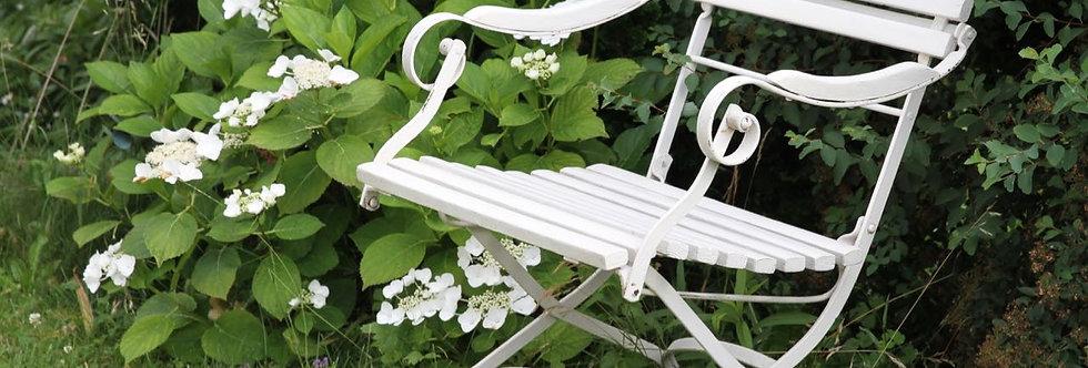 La chaise blanche