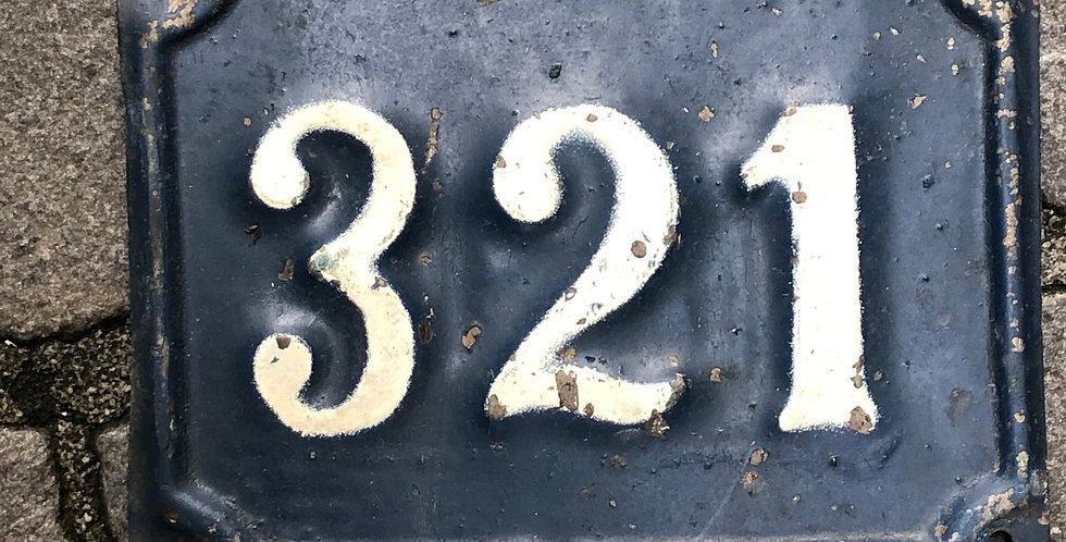 Vintage Nummer 321