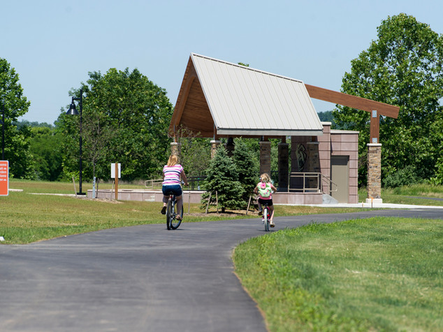 Mom-and-Daughter-on-bikes.jpg