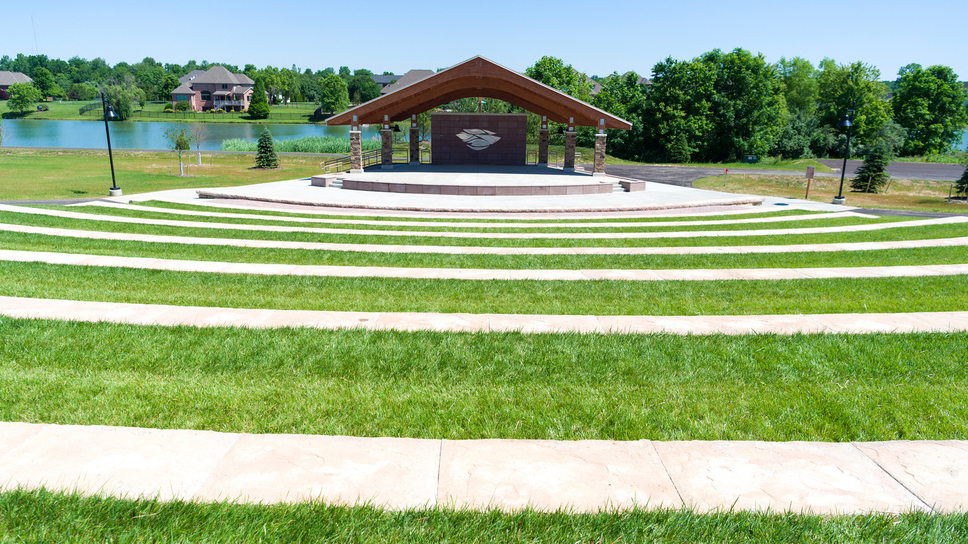 Amphitheater_Seating_Friedman.jpg
