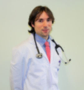 El Dr. del Castillo, es médico especialista en Cardiología en SportSalud