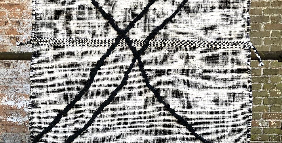 tapis berbère noir et blanc