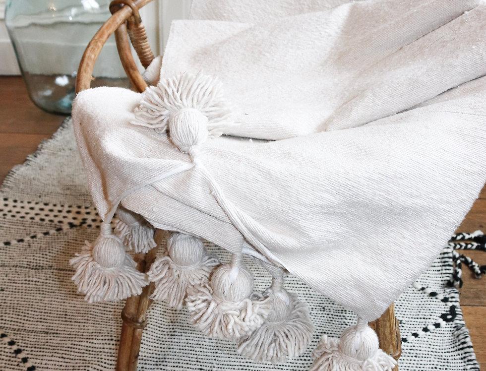 Plaid / couvre-lit à pompons écru et argenté DARBALA