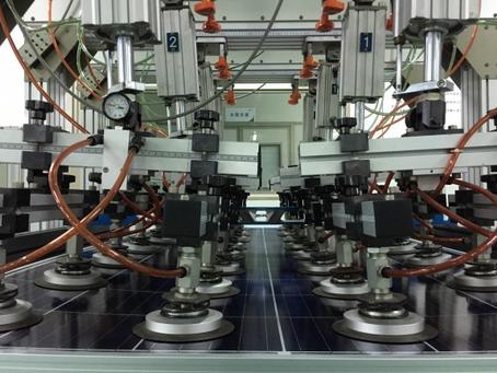 中国インリーソーラー パネル工場視察